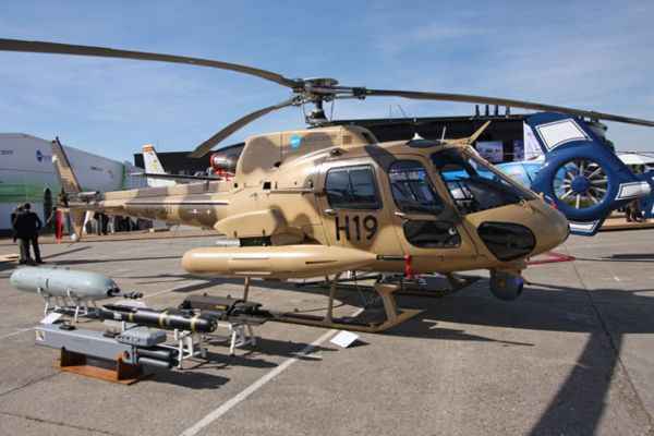 stinger helicopter with Ah 6 Little Bird Vs As555 Fennec2  E0 B9 83 E0 B8 84 E0 B8 A3 E0 B9 80 E0 B8 88 E0 B9 8b E0 B8 87 E0 B8 81 E0 B8 A7 E0 B9 88 E0 B8 B2 E0 B8 81 E0 B8 B1 E0 B8 99 on Helicopter Ah 64d Longobow Apache moreover Army Races To Rebuild Short Range Air Defense New Lasers Vehicles Units further 5606933k28a0ffe7 in addition Fn 6 furthermore Farrari Wallpaper.